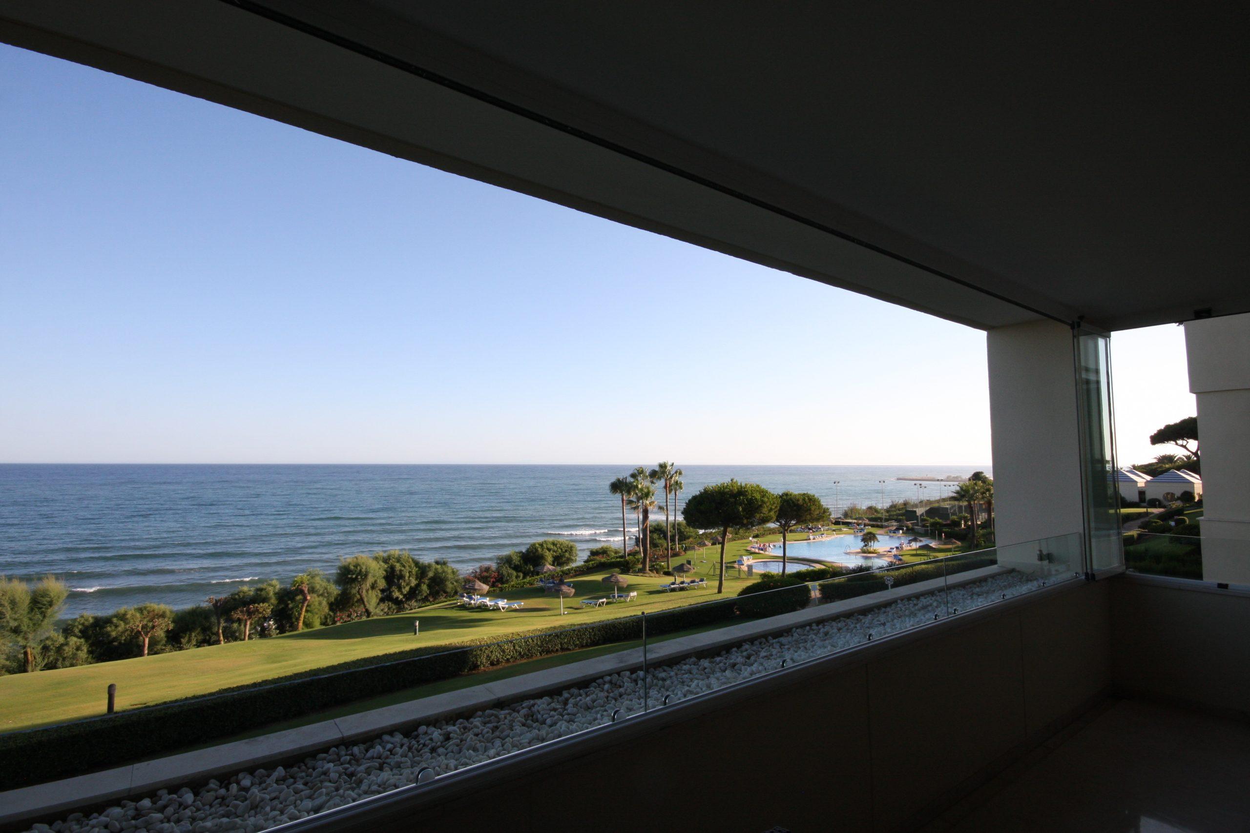 Finest first line beach apartment